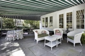 Different Types of Outdoor Awnings: What to Choose?