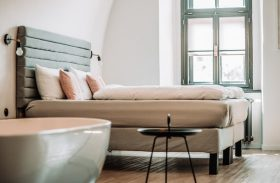 Tips and Helpful Advice on Choosing a Co-Living Hotel