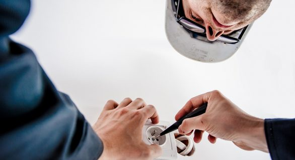Why DIY Electrical Repairs Should Be Avoided